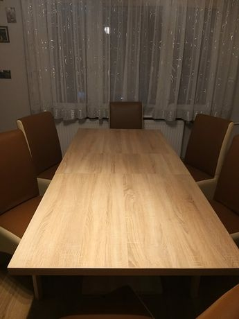 Stół i krzesła z eko skóry