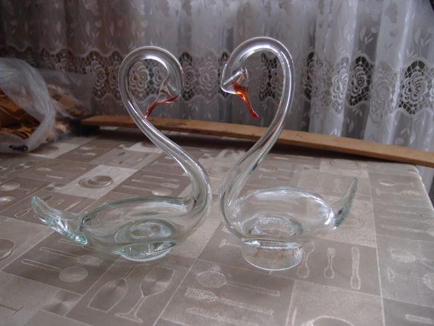 Лебеди из стекла