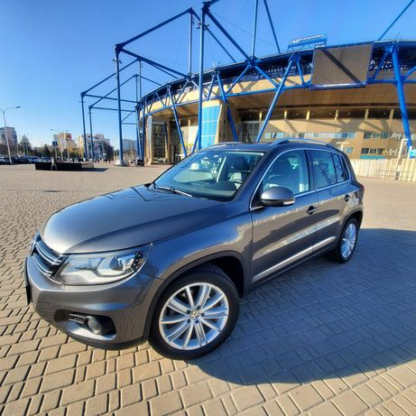 Продам Volkswagen Tiguan SE