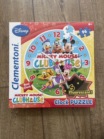 Puzzle relógio do mickey