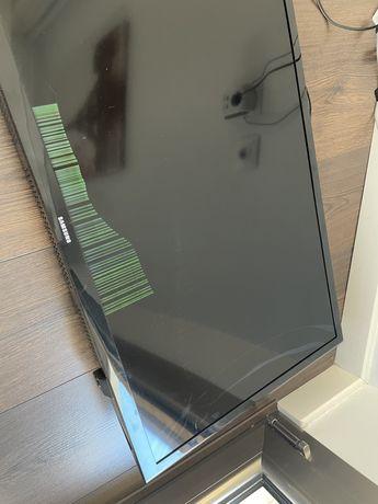 """Televisão Samsung 32"""" com problema ecrã"""