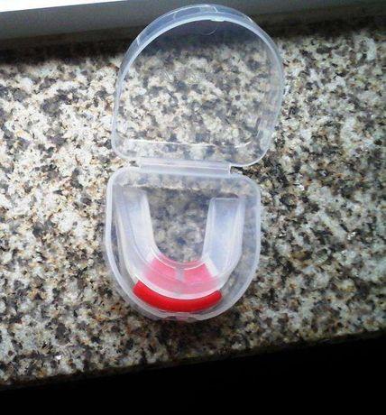 protetor proteção aparelho boca dentes antiranger boxe artes marciais
