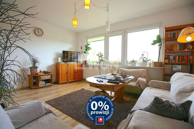 Śródmieście. Piękne 3 pokojowe z kuchnią i balkonem 63m2 bez prowizji