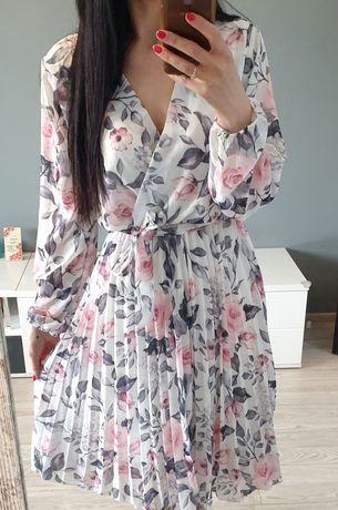 Sukienka midi plisowana w kwiaty dekolt kopertowy s m