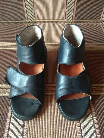 Обувь лечебная, ортопедическая