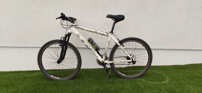 Bicicleta BTT roda 26