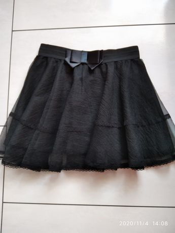 Czarna spódniczka z kokardą