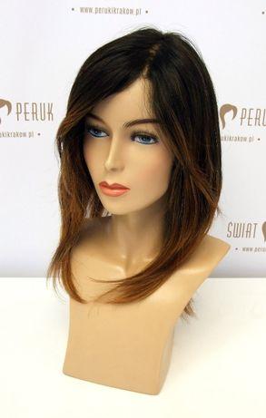 Peruka długa z włosa syntetycznego w kolorze ciemny brąz z ombre