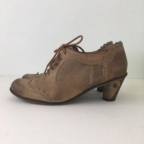Sapatos Dkode