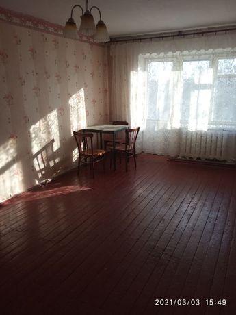 Здається 1-кімнатна квартира в центрі Маньківки.
