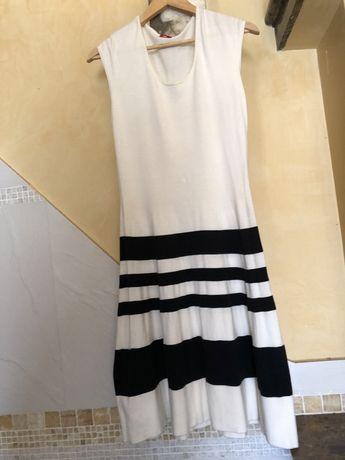 Платье S,M,  на лето