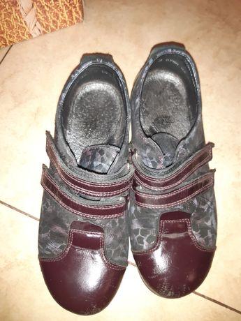 Туфли для девочки фабрики Берегиня размер 32