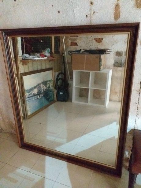 Espelho em madeira grande dimensão