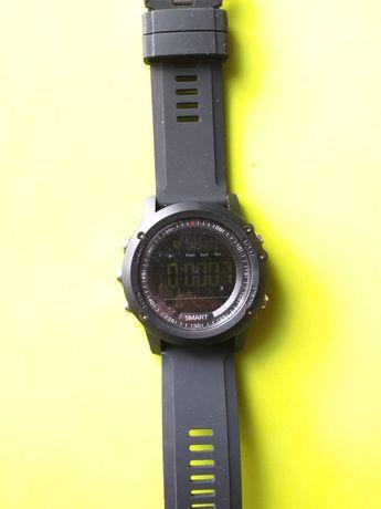 Продам электронные спортивные мужские часы