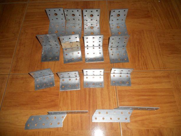 esquadros metalicos