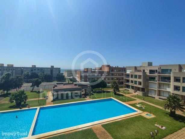 Apartamento T3 em condomínio fechado com piscina em Apúlia