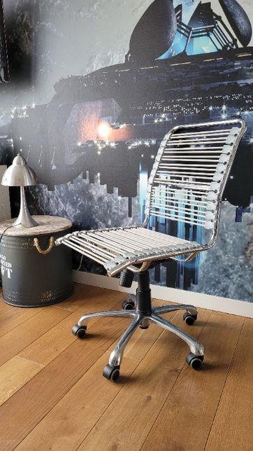 Krzesło biurowe z firmy VOX