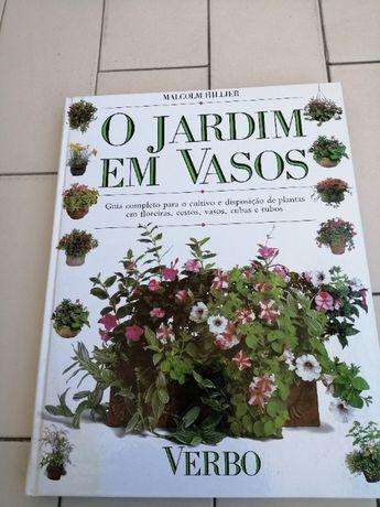Livro Jardim em Vasos
