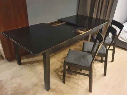 Czarne krzesło IKEA