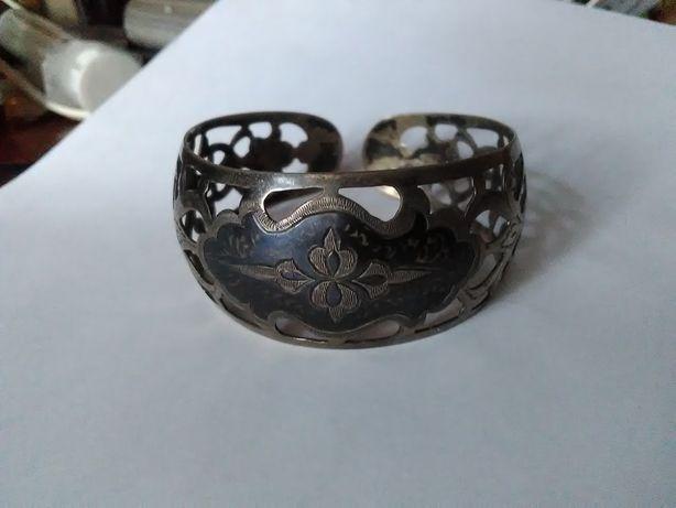 Старинный браслет на руку серебро