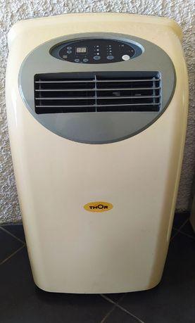 Excelente ar condicionado Teka Thor de 12000 btus.