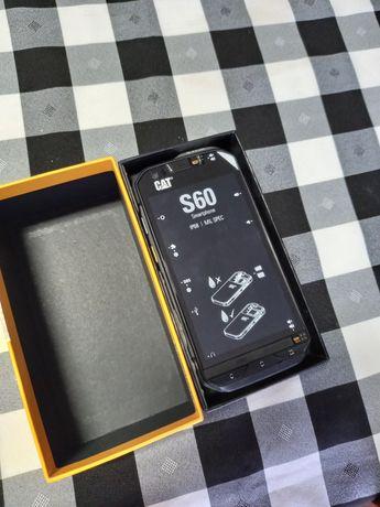 Telemóvel CAT S60 Android