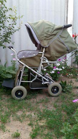 Коляска детская инвалидная