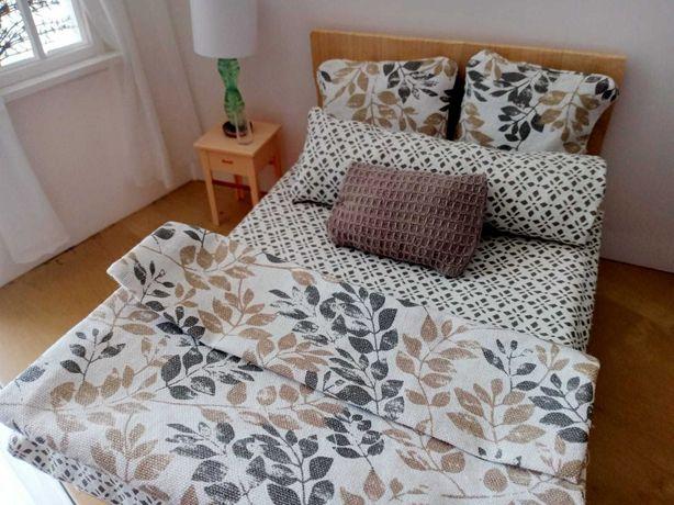 Łóżko, sypialnia dla lalek Barbie minaturki zestaw pościel