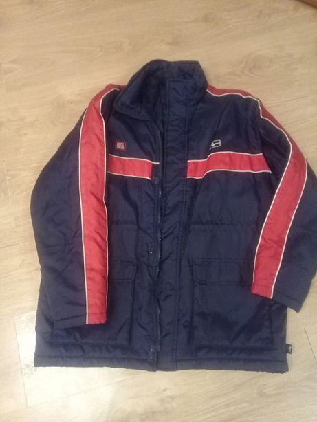 Куртка на подростка..