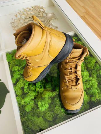 Skórzane buty Nike chłopięce rozmiar 33, stan bardzo dobry