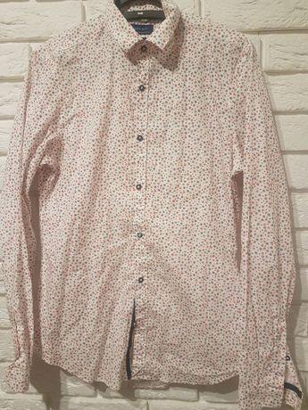 Zestaw koszul slim Zara, sweterek Timberland. Rozmiar M.