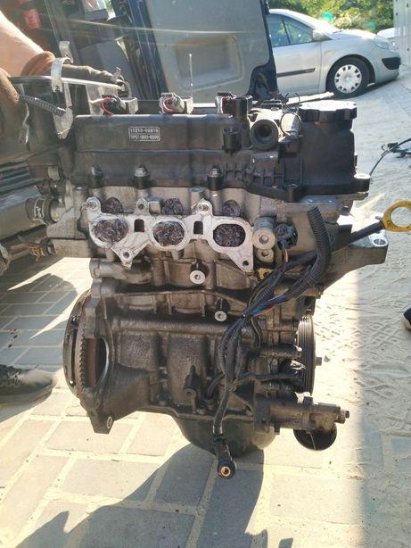В наявності двигун 1.0 коробка рейка 107 aygo Пежо CFA мотор 1KR