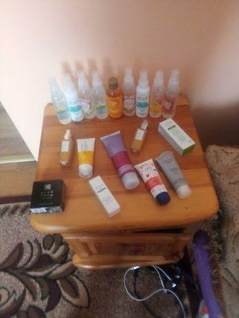 Zestaw kosmetyków Avon
