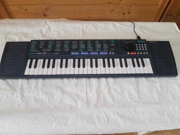 PS009 Синтезатор YAMAHA Porta Sound PSS-31