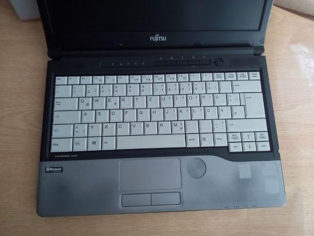 Недорого!Ноутбук Fujitsu S762 / процессор B960/2 гб DDR3/ 320 гб диск