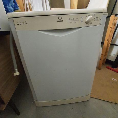 Vendo Máquina lavar loiça Indesit