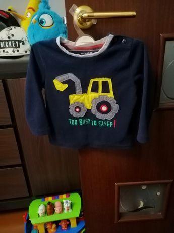 Продаётся флисовая тёплая кофточка на мальчика