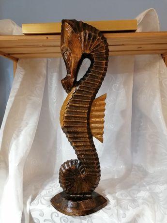 Duży konik morski wykonany z drzewa polecam