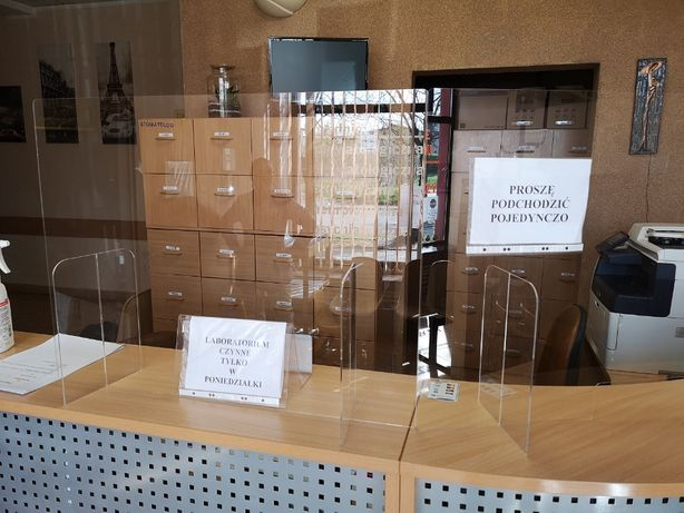 Osłona ochronna szyba antybakteryjna do sklepu biura mocna nie pęka