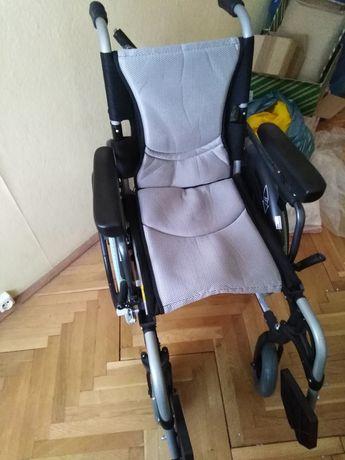 Wozek inwalidzki lekki KARMA S-ERGO 305 Series