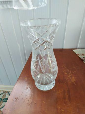 Хрустальна ваза для квітів