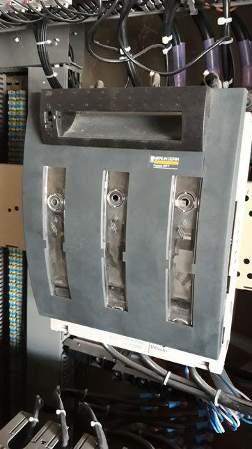 Rozłącznik bezpiecznikowy 250A.