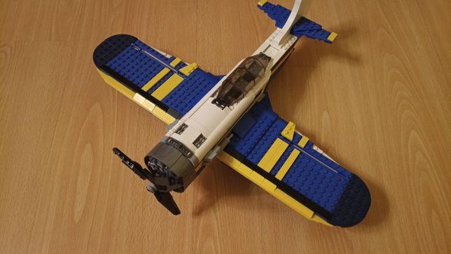 Продам Lego 31011