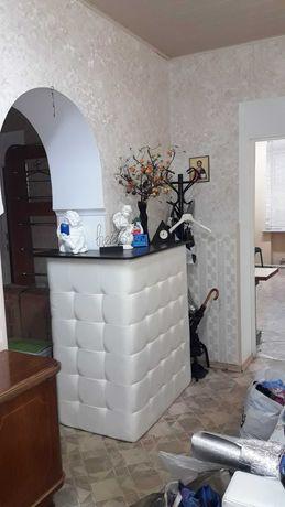 Предлагается к продаже 3-х комнатная квартира в центре города.