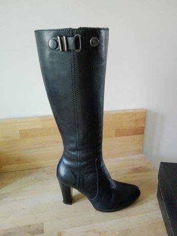 Kozaki damskie/ buty zimowe