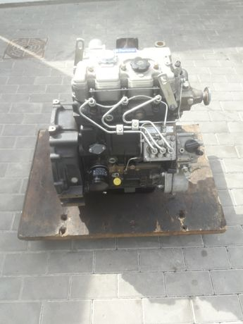 Silnik perkins 403-15