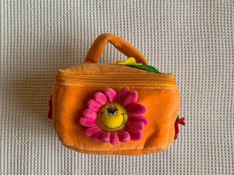 Bolsinha cor de laranja para criança