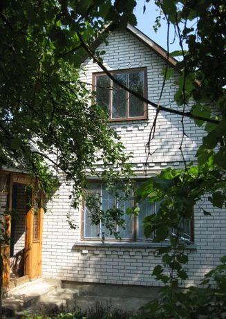 Продам дом и земельный участок в с.Червоное,Фастовский район