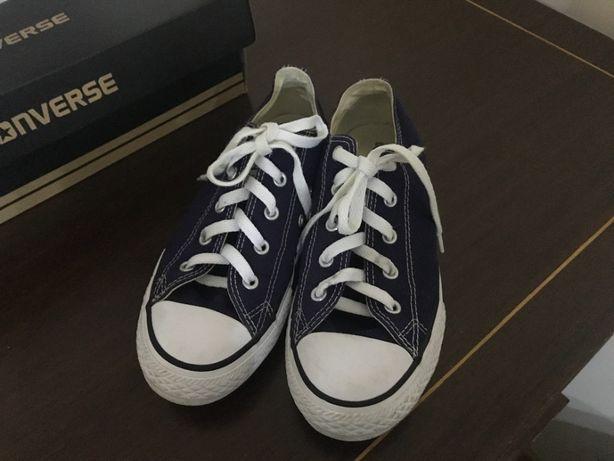 Sapatilhas Converse All Star azul escuras novas tamanho 34