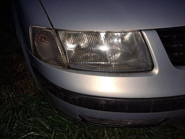 Volkswagen Passat b5 lampa przód prawa przedlift